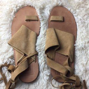 Dkny leather wrap around sandals